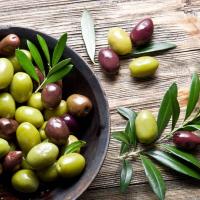 2 cucchiai di Olive taggiasche