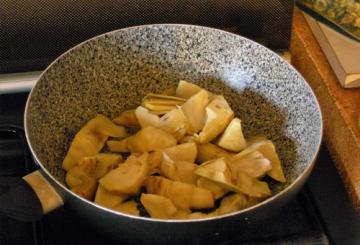 Calamari con carciofi al limone for Cucinare 5 minuti