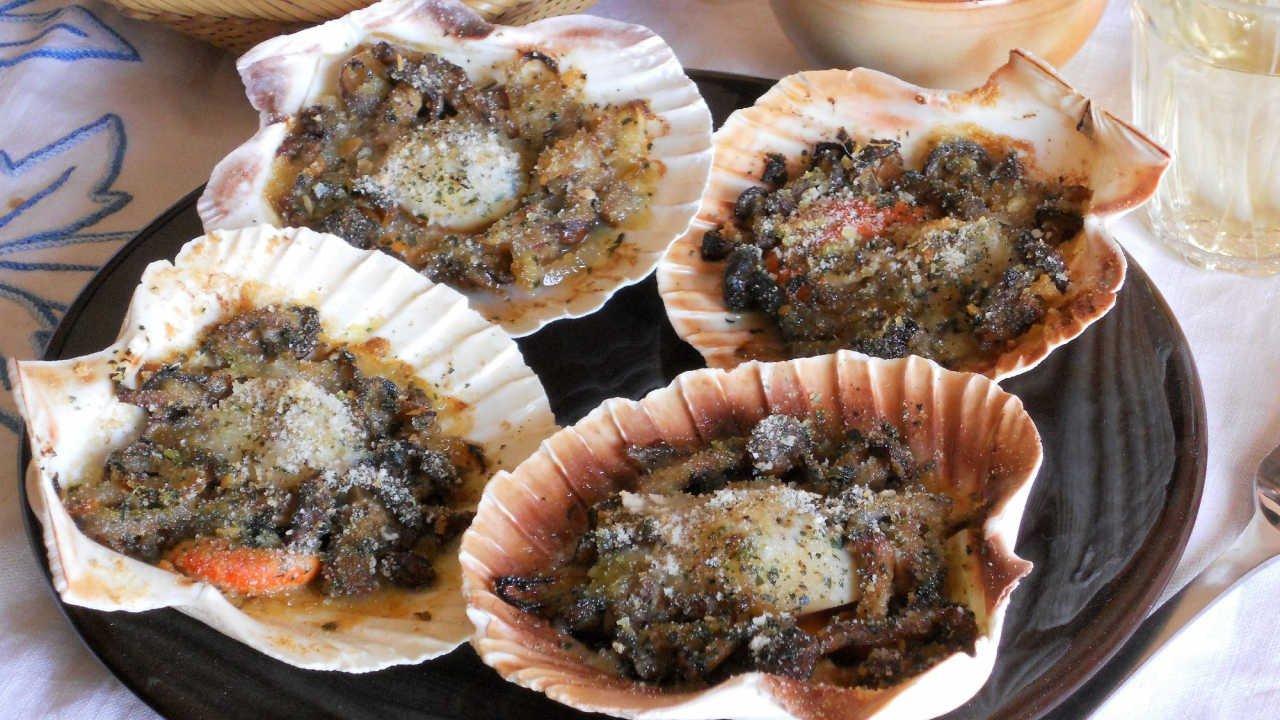 Capesante Con Funghi Gratinate Un Antipasto Chic Cucinare It