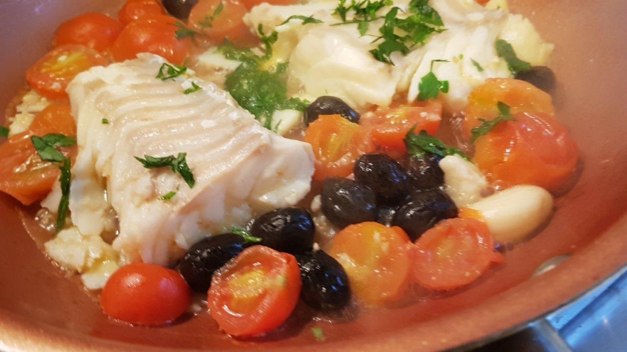 Filetto Di Merluzzo In Padella Con Pomodorini Cucinare It