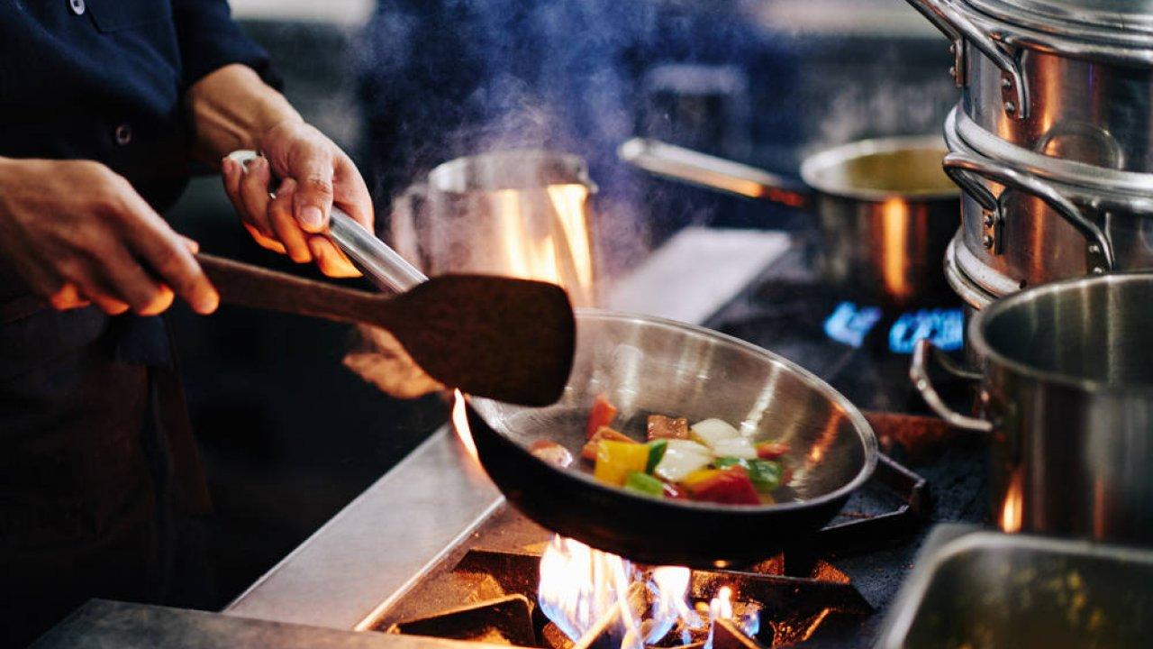 Cucinare con pochi euro