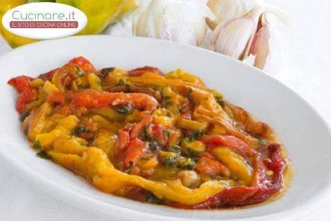 Peperoni all 39 insalata - Cucinare i peperoni ...