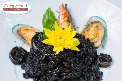 Riso venere ai frutti di mare for Cucinare riso venere