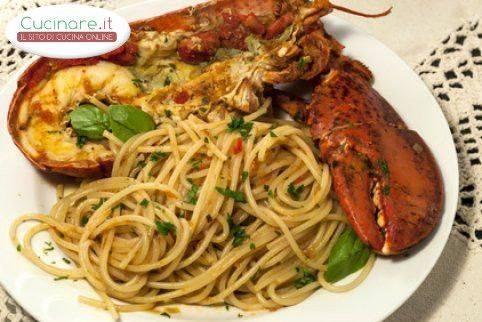 Ricetta spaghetti all 39 astice for Cucinare astice