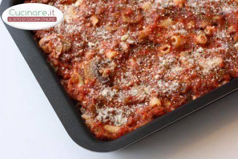 Ziti al rag al forno ricetta napoletana for Cucinare wurstel al forno