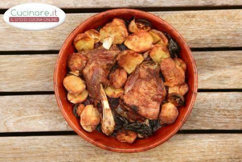 Agnello al forno con patate for Cucinare wurstel al forno