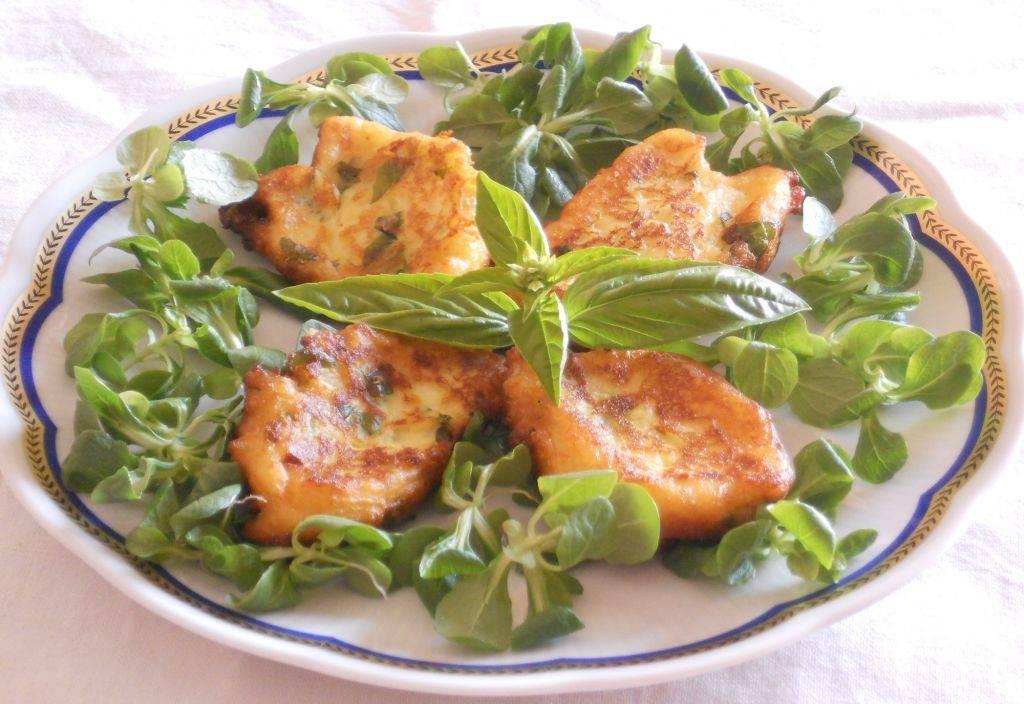 Frittelle di patate al basilico