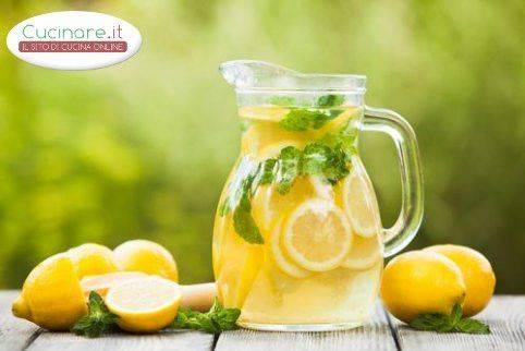Ricetta Limonata Con Menta.Limonata Alla Menta Cucinare It