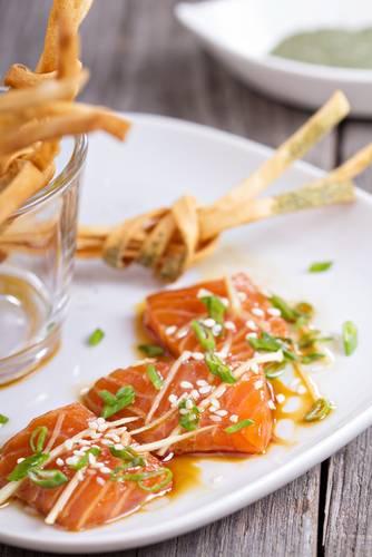 Sashimi di salmone allo zenzero for Cucinare zenzero