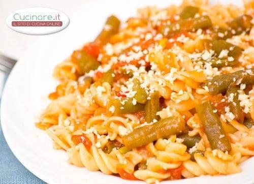 Pasta con pomodoro e fagiolini for Cucinare fagiolini
