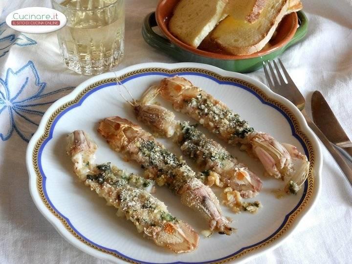 Canocchie gratinate al forno - Cucinare lo sgombro al forno ...