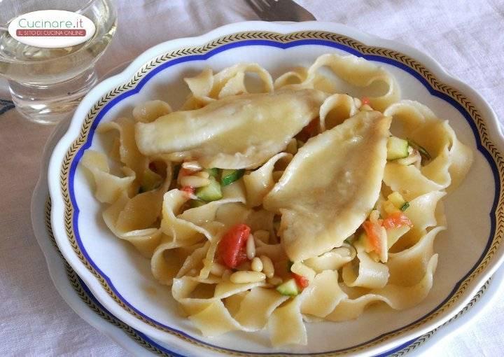 Pasta con verdure pinoli e persico - Cucinare pesce persico ...