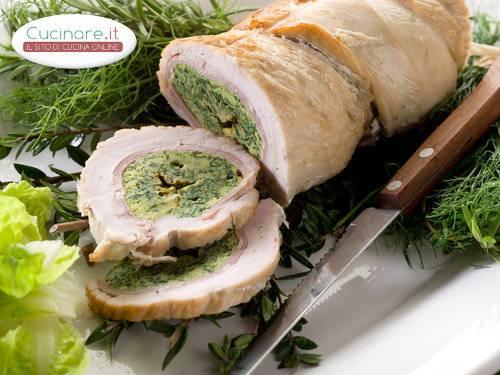 Roll di tacchino con bietole e castagne for Cucinare bietole