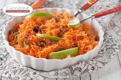 Insalata di carote con uvetta e mela verde for Cucinare carote