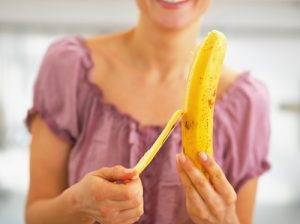 sbucciare_banana