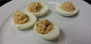 Uova con crema di tonno
