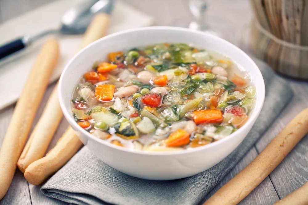 Minestrone di verdure bimby il piatto nutriente e saporito for Ricette di verdure