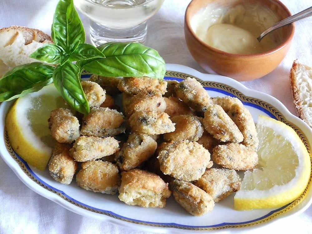 Cozze fritte l 39 antipasto di mare gustoso e stuzzicante for Cucinare le cozze