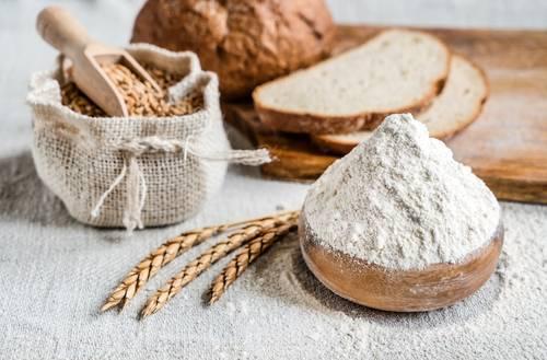 Insetti della farina, i trucchi per eliminarli   cucinare.it