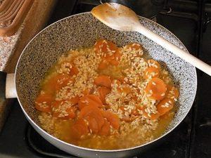 risotto alle carote preparazione 9