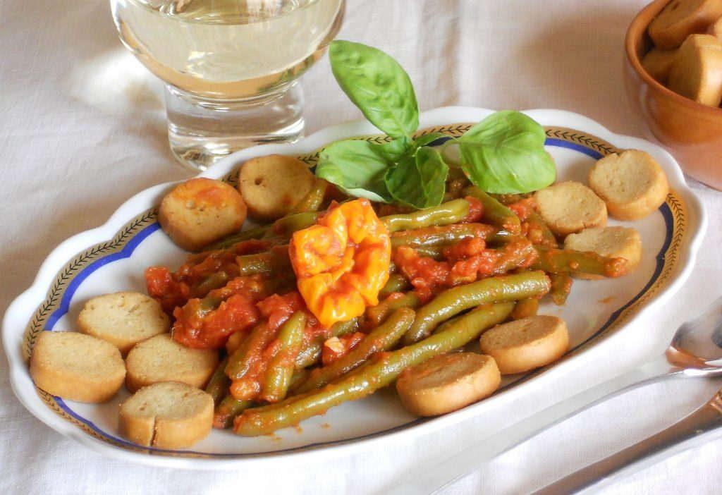 Fagiolini in umido un contorno buono e salutare - Cucinare i fagiolini ...