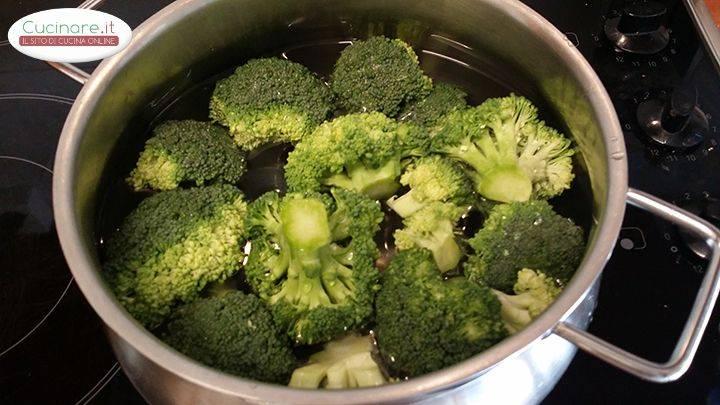 Orecchiette con broccoli baresi for Cucinare broccoli