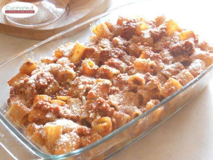 Pasta con ragu di carne for Cucinare wurstel al forno