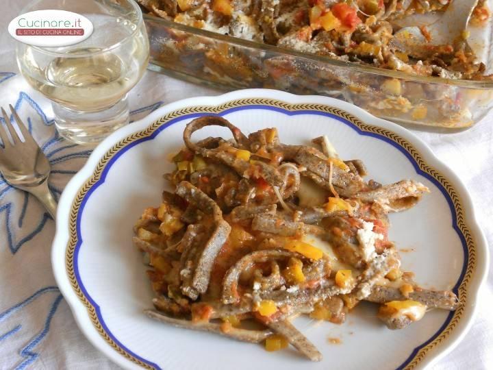 Pizzoccheri al forno con sugo vegetariano - Cucinare lo sgombro al forno ...